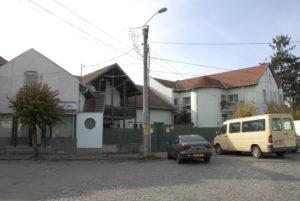 CE House
